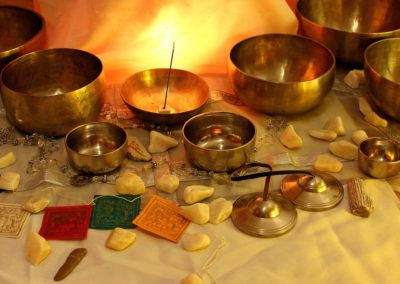 Concierto de cuencos tibetanos y sesión grupal de Quantum SCIO