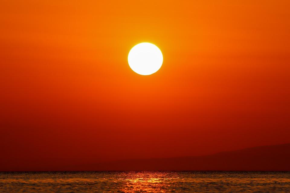 Meditación, yoga y Chikung en la playa,  Quantum grupal y Ho'oponopono en Centro Karissa
